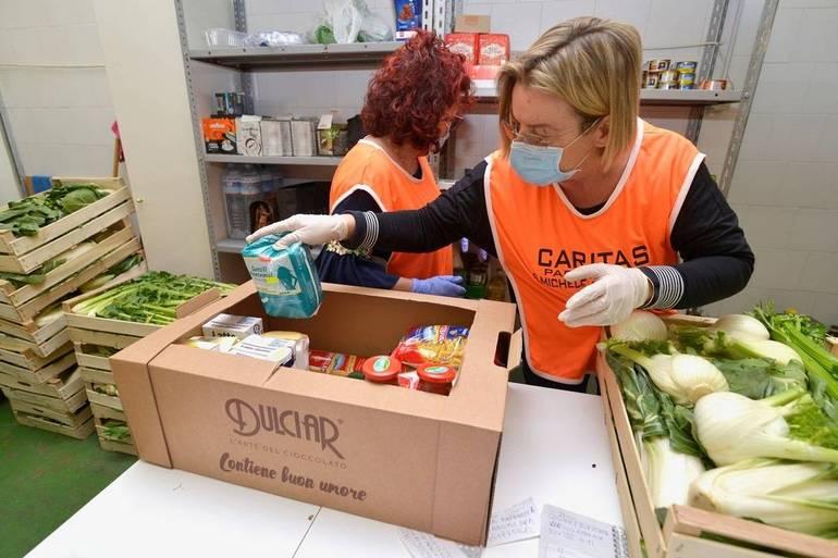 VAZZOLA: raccolta di frutta e verdura per persone in difficoltà